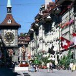 Швейцарцы на референдуме решат, имеет ли право государство взимать налоги