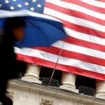 Экономика США начала расти быстрее прогнозов